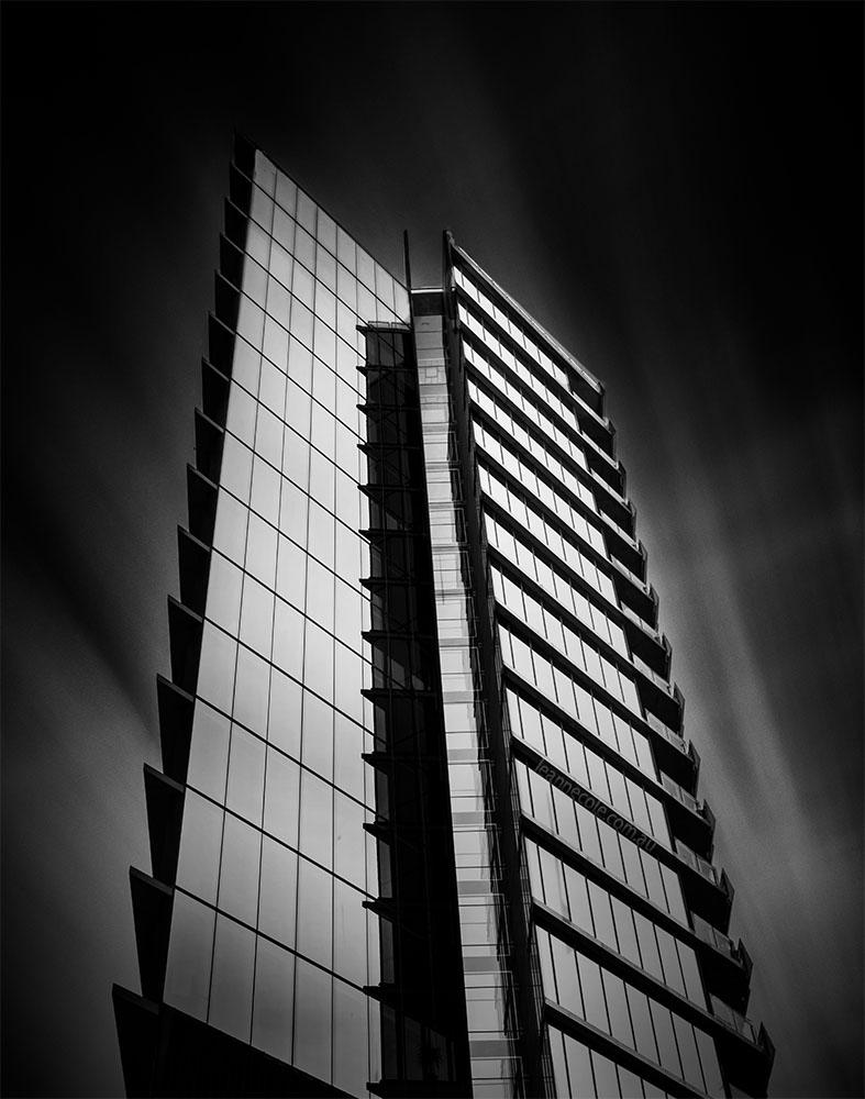 architecture-melbourne-docklands-longexposure-monochrome